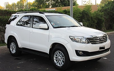 Toyota Hilux SW4 2.7 AT 7a 4x2 2013
